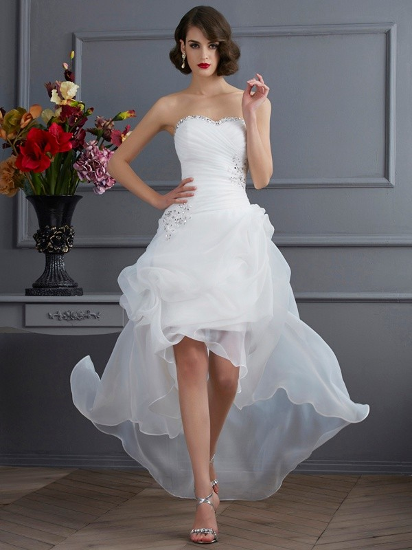 Stylish A-Line/Princess Sleeveless Beading Sweetheart High Low Organza Wedding Dresses