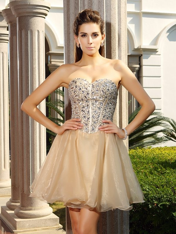 Stylish A-Line/Princess Ruffles Sleeveless Sweetheart Short Organza Cocktail Dresses