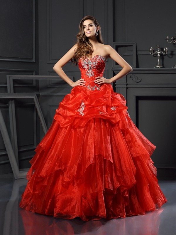 Stylish Ball Gown Beading Sleeveless Sweetheart Long Tulle Quinceanera Dresses