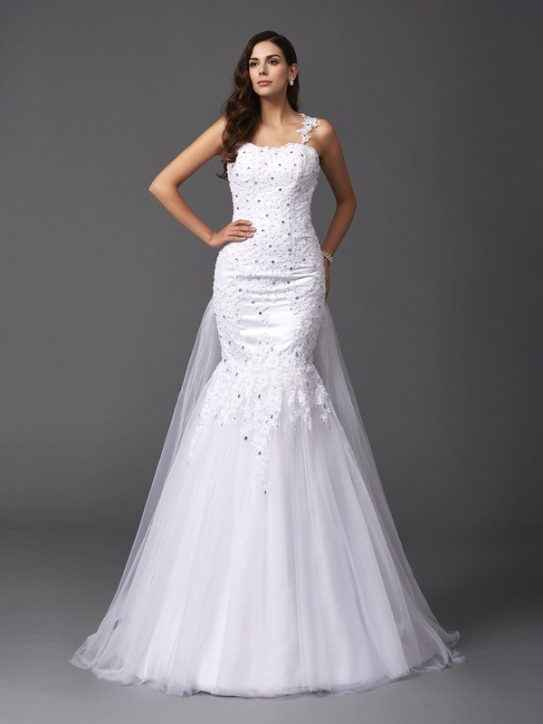 Stylish Trumpet/Mermaid Beading Sleeveless Straps Long Net Wedding Dresses