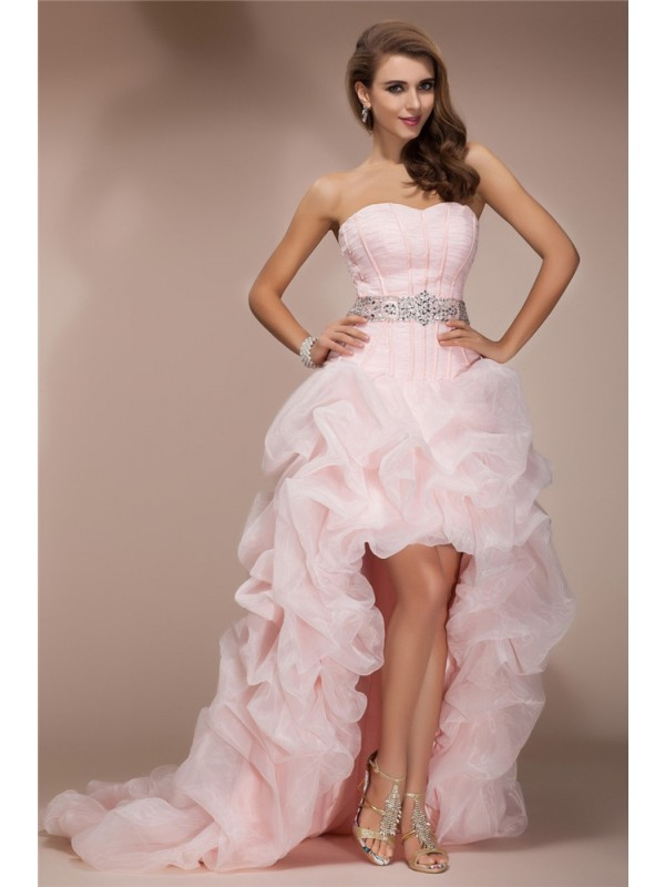 Stylish A-Line/Princess Sleeveless High Sweetheart Low Beading Organza Dresses
