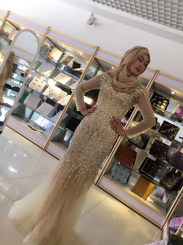 Sheath/Column Long Sleeves Scoop Floor-Length Sequin Tulle Muslim Dresses