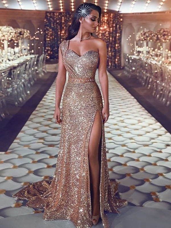 Stylish Sheath/Column Sleeveless One-Shoulder Sweep/Brush Train Beading Sequins Dresses