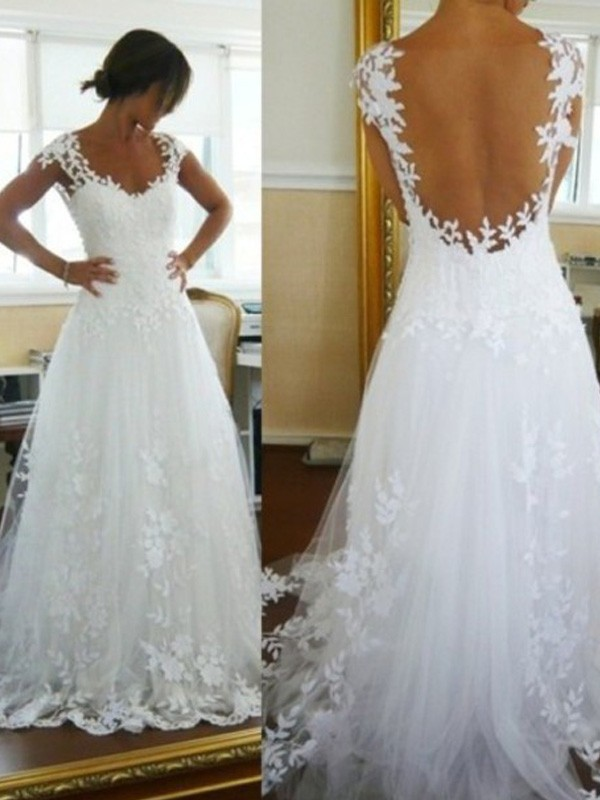 Fashion A-Line/Princess Sweep/Brush Train V-neck Lace Sleeveless Tulle Wedding Dresses