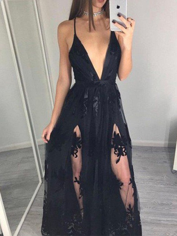 Fashion A-Line/Princess Spaghetti Straps Sleeveless Tulle Floor-Length Applique Dresses