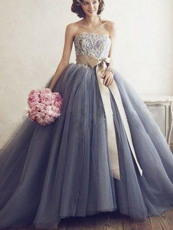 Stylish Ball Gown Sleeveless Applique Sweetheart Tulle Sweep Train Dresses