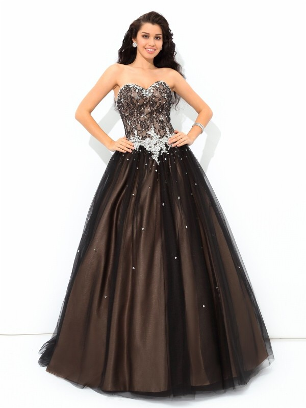 Stylish Ball Gown Beading Sleeveless Sweetheart Long Net Quinceanera ...