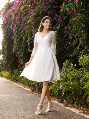 Fashion A-Line/Princess 3/4 Sleeves Short V-neck Chiffon Wedding Dresses