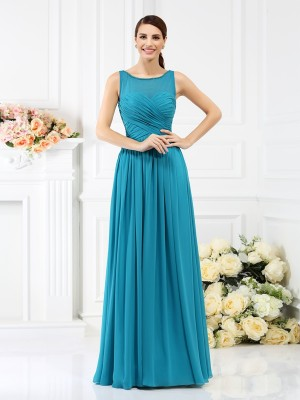 Stylish A-Line/Princess Pleats Sleeveless Bateau Long Chiffon Bridesmaid Dresses
