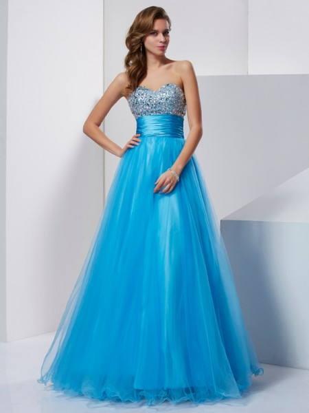Stylish A-Line/Princess Sleeveless Beading Sweetheart Long Tulle Dresses