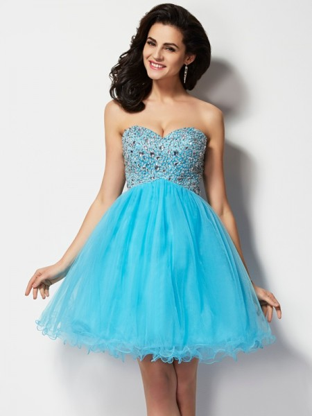 Stylish A-Line/Princess Sleeveless Short Sweetheart Beading Tulle Homecoming Dresses