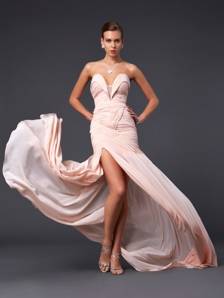 Fashion Sheath/Column Sleeveless Pleats Sweetheart Long Chiffon Dresses