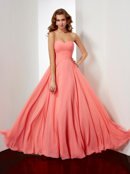 Stylish A-Line/Princess Sweetheart Pleats Sleeveless Long Chiffon Dresses