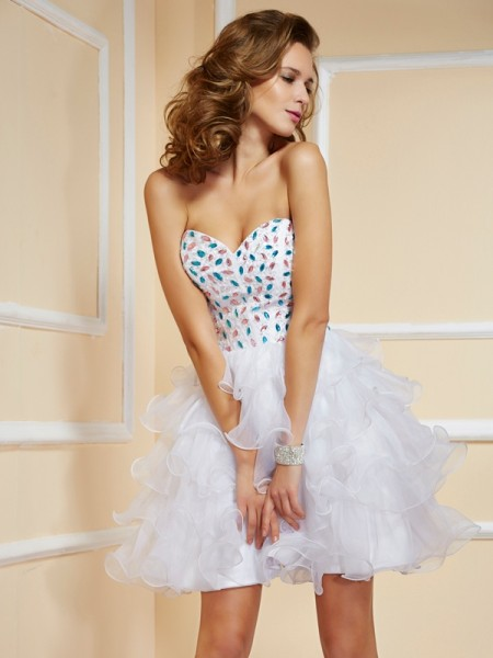 Fashion A-Line/Princess Sleeveless Rhinestone Sweetheart Short Organza Homecoming Dresses