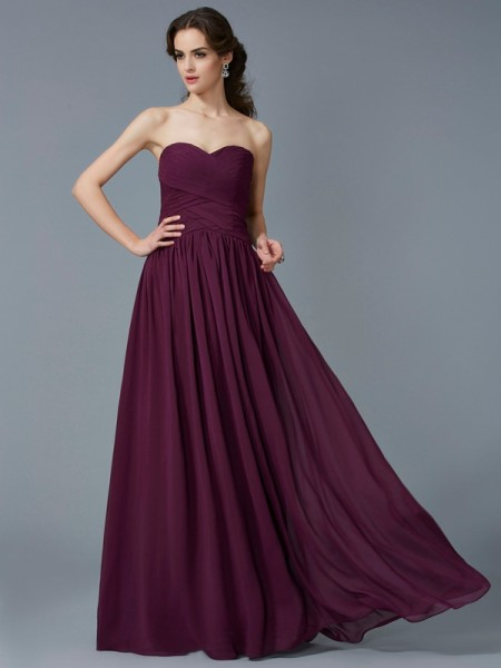 Fashion A-Line/Princess Sleeveless Pleats Sweetheart Chiffon Long Dresses