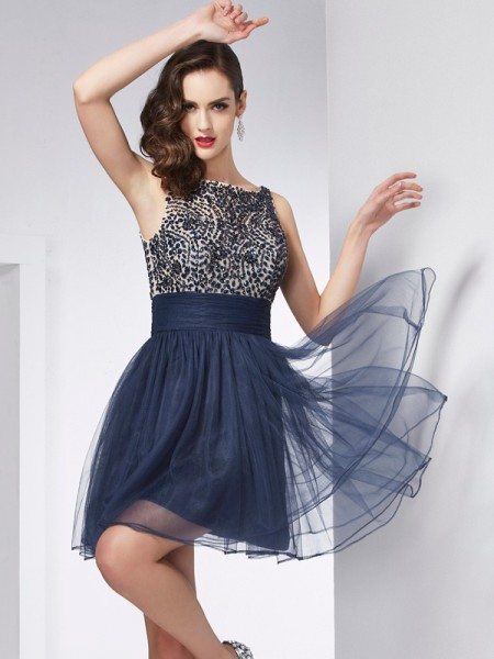 Stylish Sheath/Column Sleeveless Beading Bateau Short Tulle Homecoming Dresses