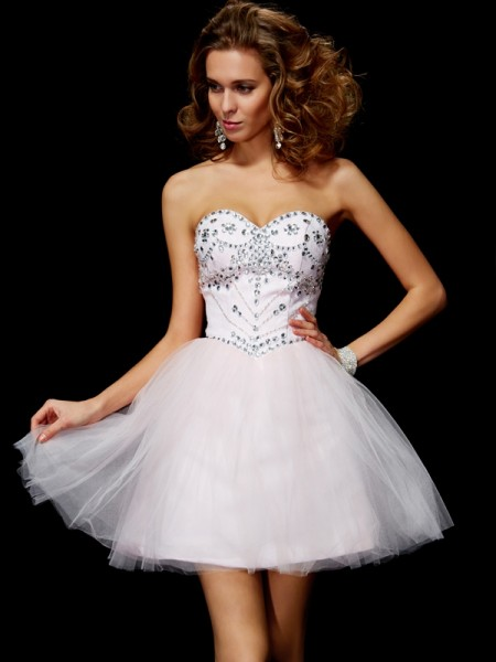 Fashion A-Line/Princess Sleeveless Beading Sweetheart Short Organza Homecoming Dresses