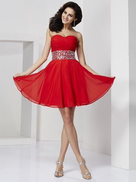 Fashion A-Line/Princess Sleeveless Rhinestone Sweetheart Short Chiffon Homecoming Dresses