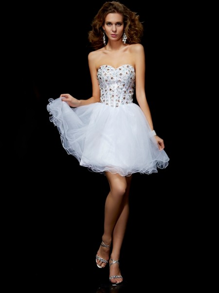 Stylish Sheath/Column Sleeveless Crystal Sweetheart Short Elastic Woven Satin Homecoming Dresses