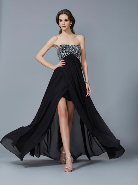 Stylish A-Line/Princess Sleeveless Chiffon Sweetheart Beading Long Dresses