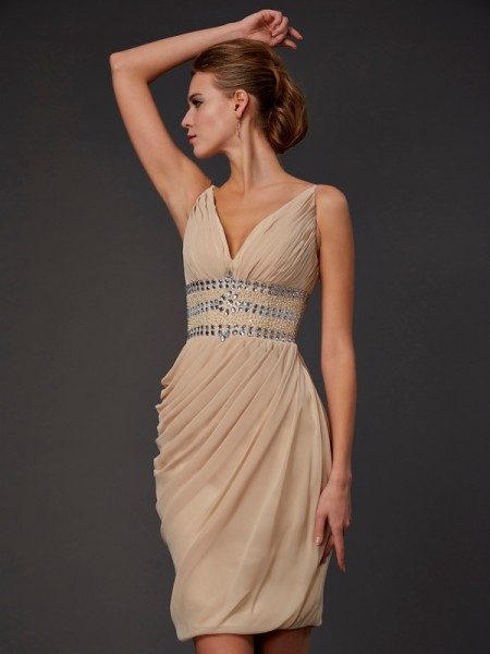 Stylish Sheath/Column Sleeveless Beading V-neck Short Chiffon Homecoming Dresses