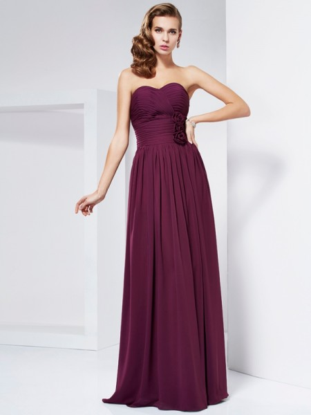 Stylish Sheath/Column Sleeveless Hand-Made Sweetheart Flower Long Chiffon Dresses