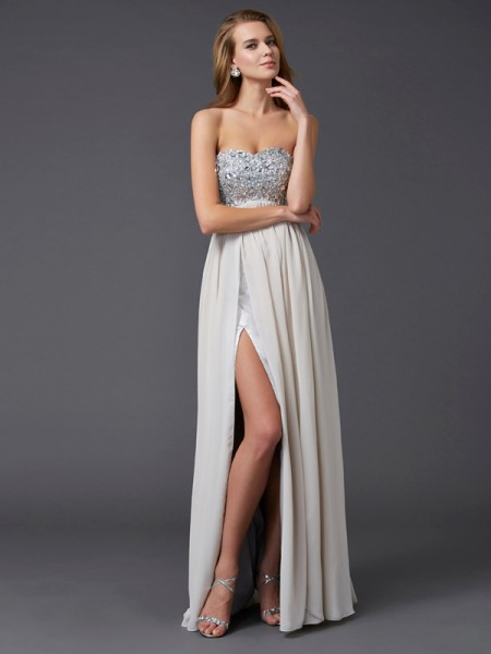 Fashion A-Line/Princess Sleeveless Rhinestone Sweetheart Long Chiffon Dresses