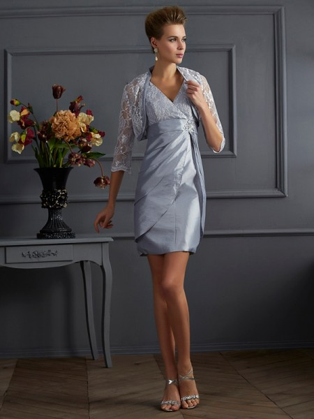 Stylish Sheath/Column Sleeveless Short V-neck Taffeta Mother of the Bride Dresses