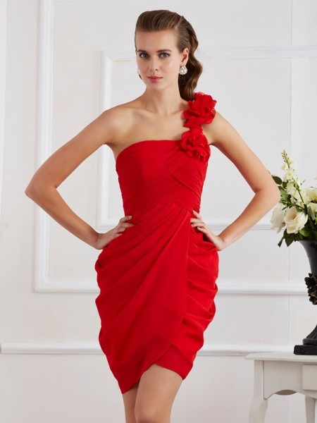 Fashion Sheath/Column Sleeveless Hand-Made One-Shoulder Flower Short Chiffon Homecoming Dresses