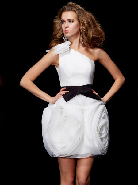 Fashion Sheath/Column Sleeveless Short One-Shoulder Tulle Homecoming Dresses