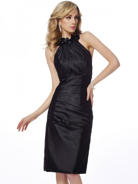 Fashion Sheath/Column Sleeveless Applique Bateau Short Elastic Woven Satin Homecoming Dresses