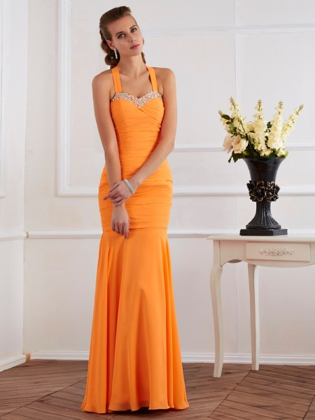 Stylish Trumpet/Mermaid Sleeveless Beading Halter Long Chiffon Dresses