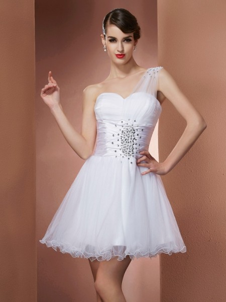 Fashion A-Line/Princess Sleeveless Beading One-Shoulder Short Net Homecoming Dresses