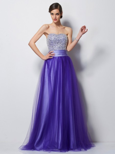 Stylish A-Line/Princess Sleeveless Beading Sweetheart Long Net Dresses