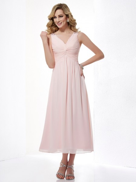 Fashion A-Line/Princess Sleeveless Pleats V-neck Short Chiffon Dresses