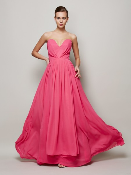 Stylish A-Line/Princess Sleeveless Pleats Sweetheart Long Chiffon Dresses