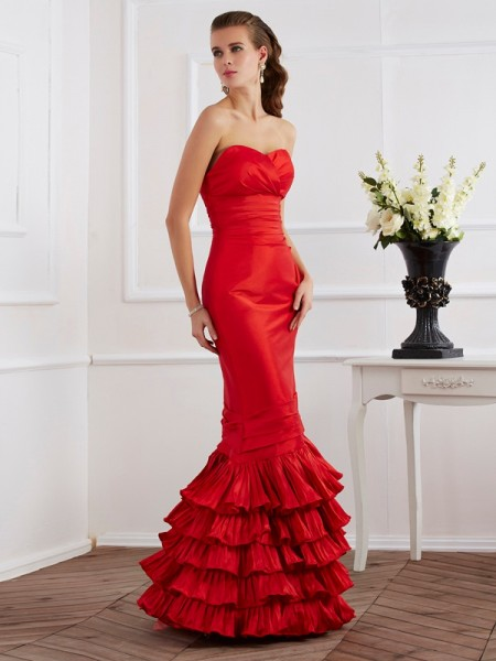 Stylish Trumpet/Mermaid Sleeveless Ruffles Sweetheart Long Taffeta Dresses