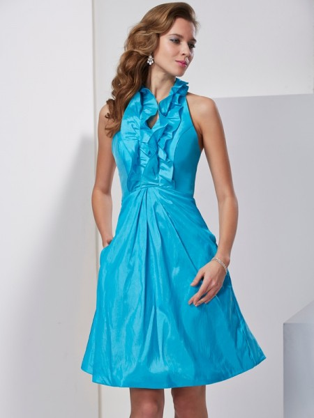 Fashion A-Line/Princess Sleeveless Ruffles Halter Short Taffeta Homecoming Dresses