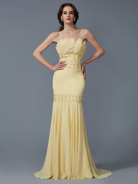 Stylish Trumpet/Mermaid Sleeveless Beading Strapless Long Chiffon Dresses