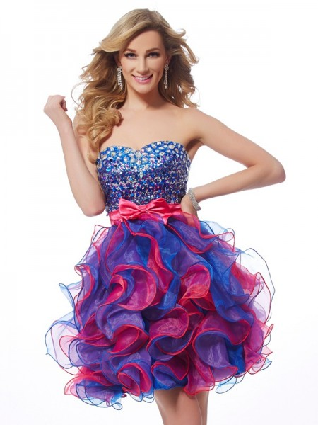Fashion A-Line/Princess Sleeveless Sequin Sweetheart Short Organza Homecoming Dresses