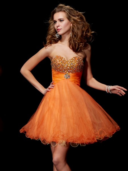 Stylish A-Line/Princess Sleeveless Beading Strapless Short Organza Homecoming Dresses