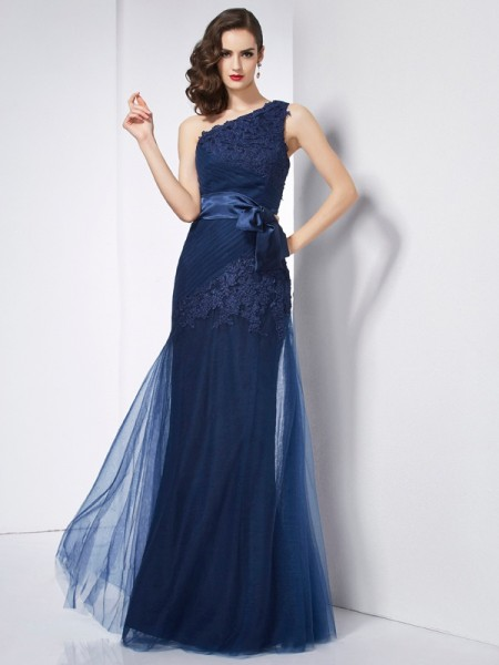 Stylish A-Line/Princess Sleeveless Applique One-Shoulder Long Net Dresses