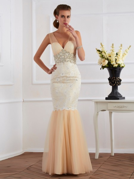 Fashion Trumpet/Mermaid Sleeveless Beading Straps Long Net Dresses