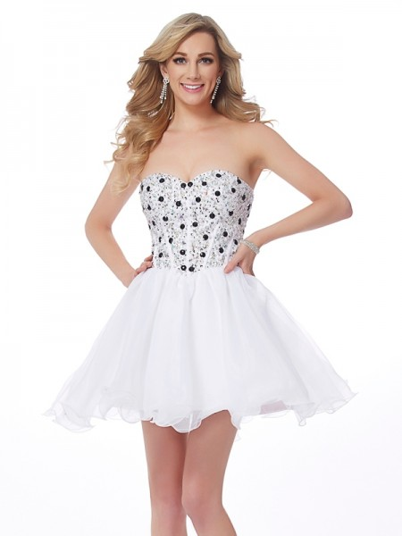 Stylish A-Line/Princess Sleeveless Beading Sweetheart Short Elastic Woven Satin Homecoming Dresses