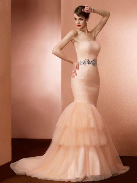 Fashion Trumpet/Mermaid Sleeveless Beading Strapless Long Net Dresses