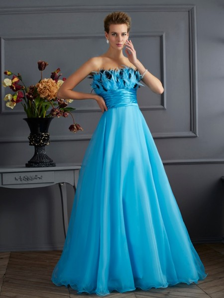 Fashion A-Line/Princess Sleeveless Long Strapless Chiffon Dresses