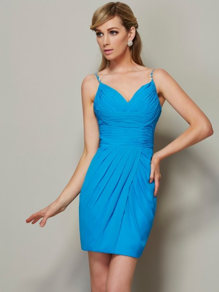 Stylish Sheath/Column Straps Sleeveless Spaghetti Beading Short Chiffon Homecoming Dresses