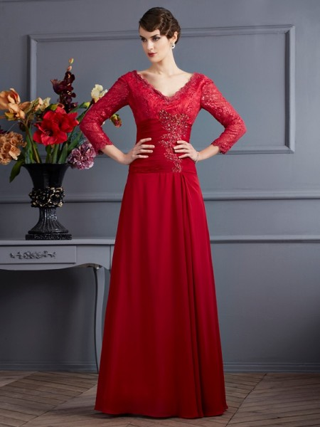 Stylish Sheath/Column 3/4 Sleeves Lace V-neck Long Chiffon Dresses