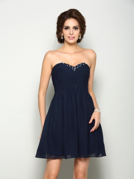 Fashion A-Line/Princess Beading Sleeveless Sweetheart Short Chiffon Homecoming Dresses