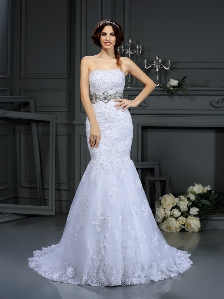 Fashion Trumpet/Mermaid Beading Sleeveless Strapless Long Lace Wedding Dresses